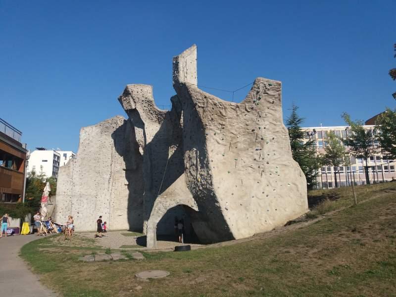 Gutovka-lezecká Stěna
